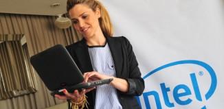 El-80-de-las-mujeres-argentinas-se-conecta-a-Internet-todos-los-dias